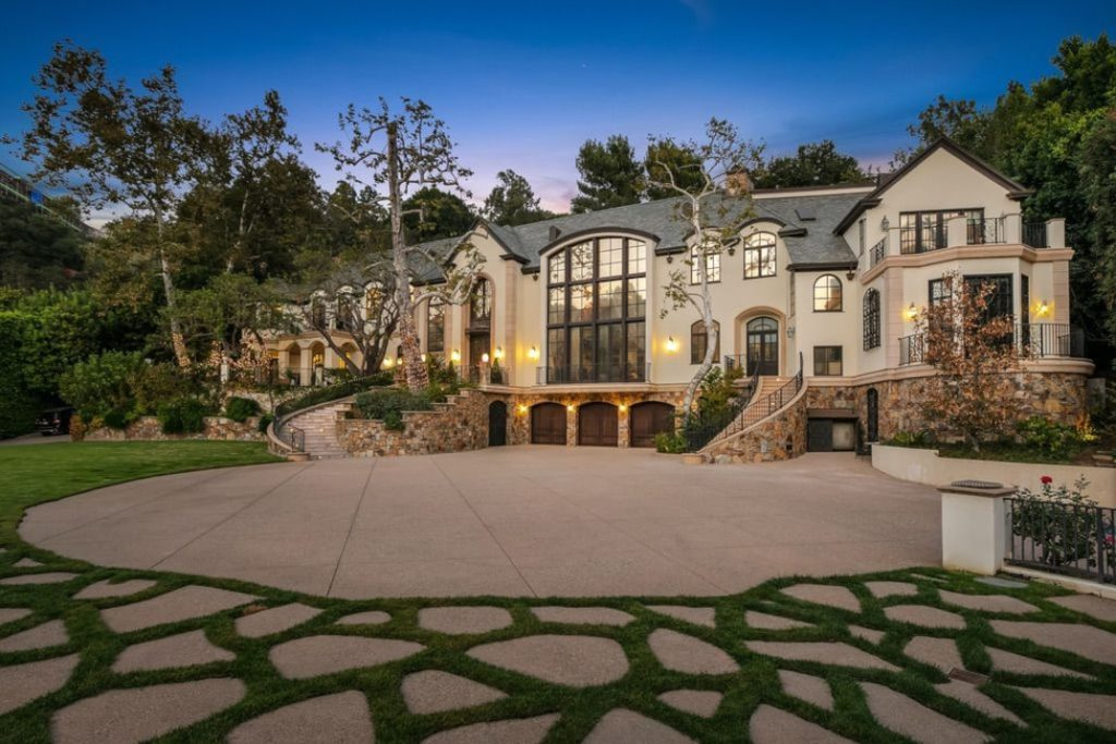 Exterior of Gene Simmons' house